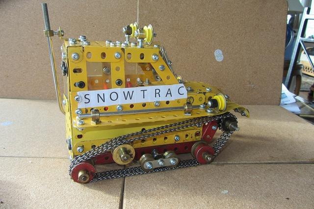 Meccano Snow-Trac by Elsie esq., via Flickr