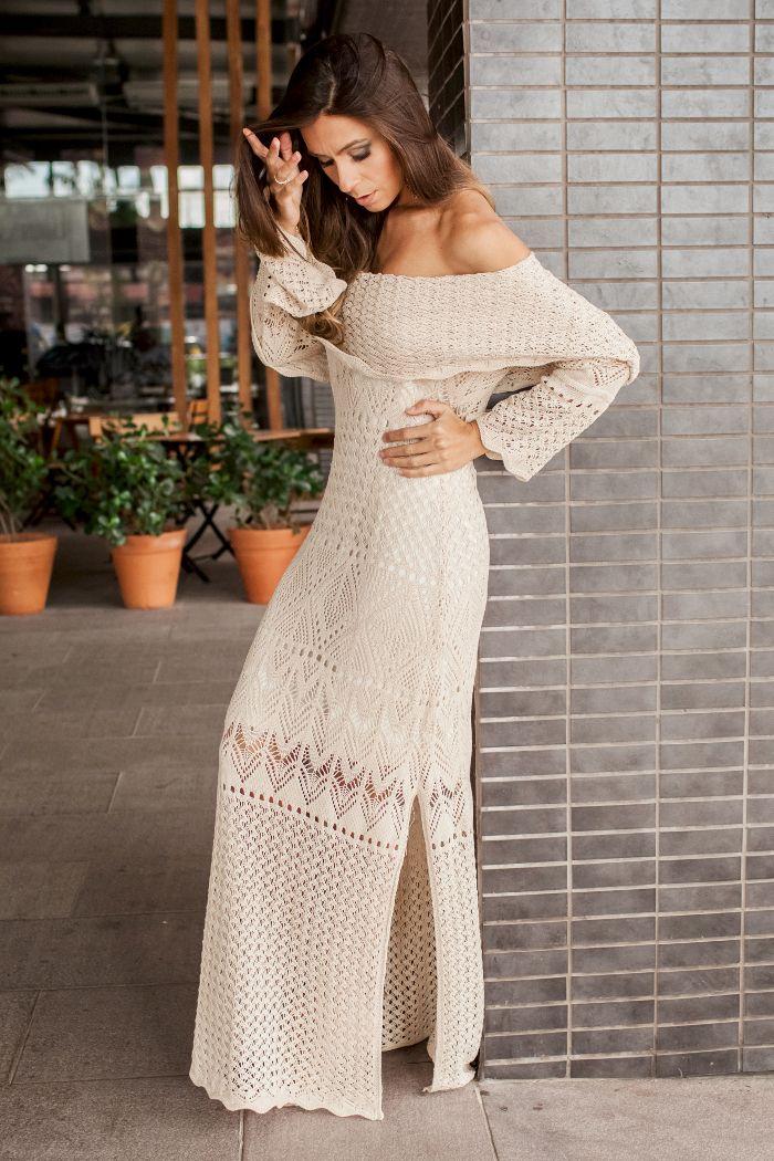 Vestido longo de tricot perfeito para festas tanto de dia quanto a noite