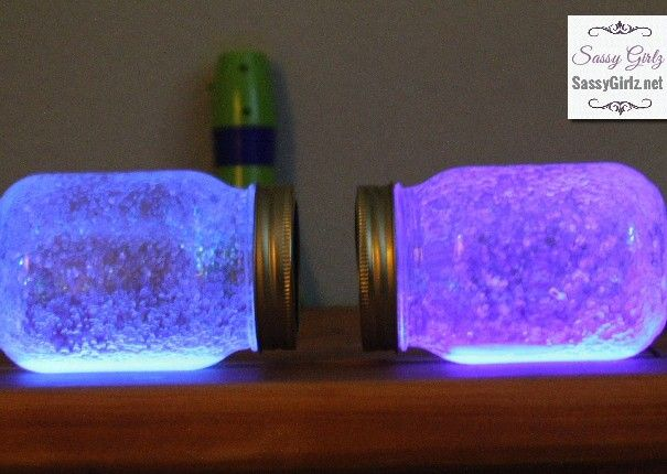 St. Patrick's Day Crafts For Kids Tutorial Sham-ROCK Glowing Glitter Wishes In A Jar | Sassy Girlz Blog
