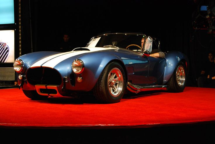 Thought to have too much power for its chassis, the 1966 Shelby Cobra 427 S/C featured an impressive 480 bhp. This sporty little number looked like a European sports car, yet had the muscle to prove it was American. Two twin turbocharged versions of this super car were made