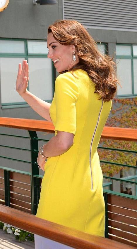 Herttuatar Catherine edusti pysäyttävän upeana Wimbledonin tennisturnauksessa.