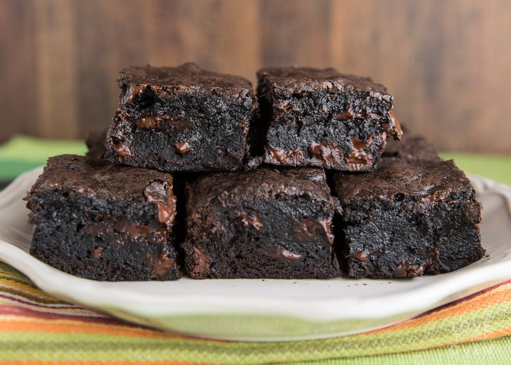 Easy and quick brownie recipe made in one bowl