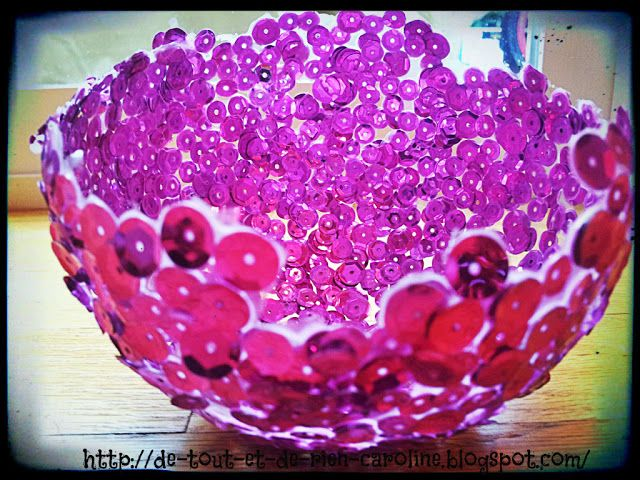 Bowl made of sequins. Easy project!