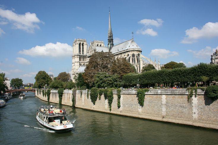lmas károkat okozott az árvíz a franciáknak