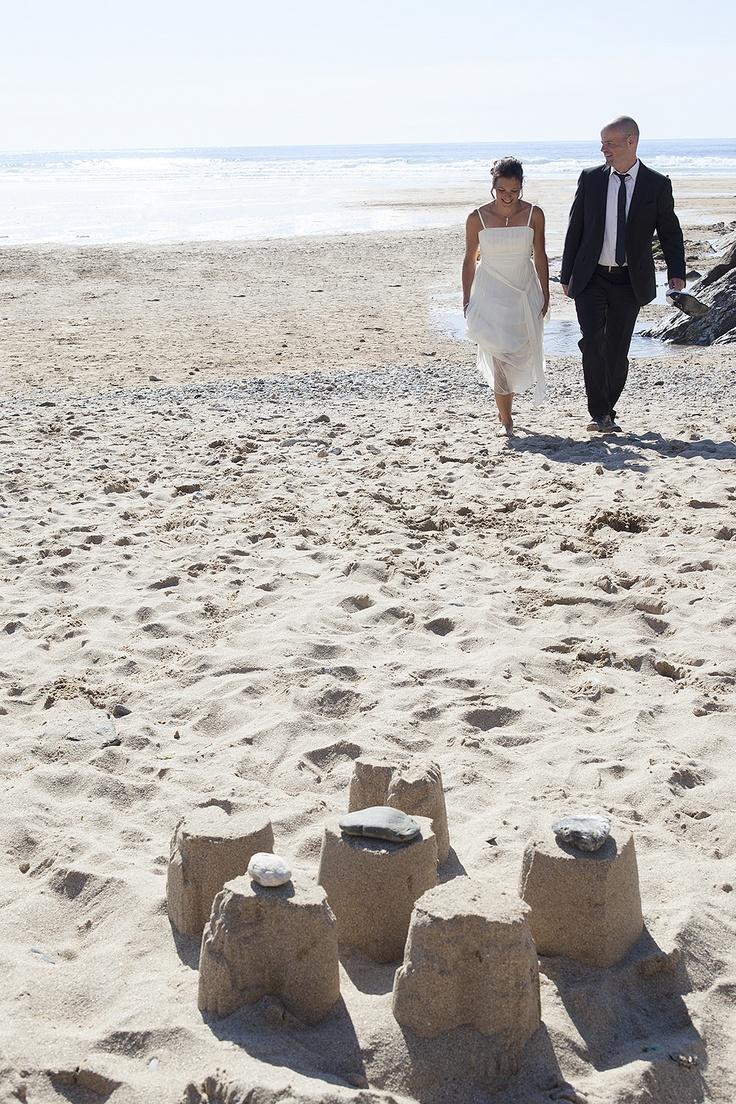 Wedding Photo Taken On Fistral Beach Newquay Thomas Photography