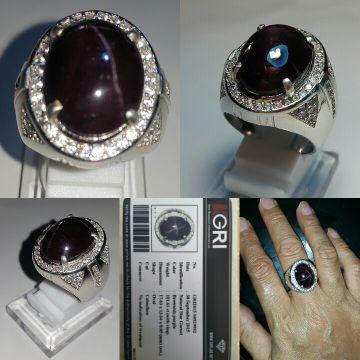 "NATURAL GUARANTE 100%Product name : Natural Garnet StarTotal Weight : 101.61 Cts ( with ring )Dimensions : P: 17.63, L: 13.64, T: 8.05 mm (est)Color : Brownish-PurpleShape : OvalCut : CabochonComment : No Indication of TreatmentRing : Luxury Micro Setting Silver Plate 925, Chrome White Gold Ring Size : 21-22Minat? klik ""BELI""harga sudah termasuk surat sertifikat GRI Lab + bonus tempat cincinPerbedaan dapat terjadi karena cahaya. layar. resolusi. dll==============================="