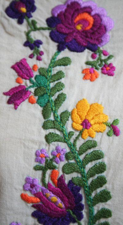 PDF embroidery pattern Matyó floral motif sampler by KateNRose