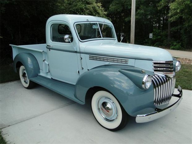 Old+Chevy+Cars+and+Trucks | 1945 Chevy Pickup Truck in a two tone blue with white wall tires!