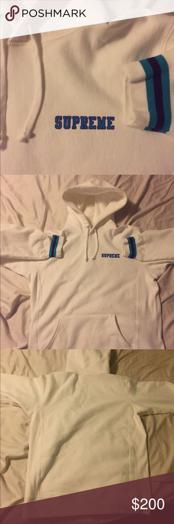 LARGE WHITE SUPREME HOODIE LARGE WHITE SUPREME HOODIE, LIKE NEW, WORN ONCE. GOT THE LAST 1 OF 5 IN THE STORE, SOLD OUT ONLINE. PRICE NEGOTIABLE. Supreme Shirts Sweatshirts & Hoodies
