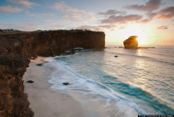 Prettiest places in Hawaii. I've actually been lucky enough to see some of these. I can't wait to check a few more off this list :)