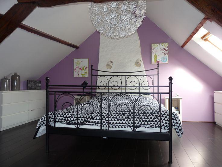 Charme et modernité pour une chambre de caractère près de Nantes. Voir le reportage déco sur http://www.kiosquedeco.fr/decoration/designsentry_portf/charme-et-modernite-pour-une-chambre-de-caractere-pres-de-nantes-44/
