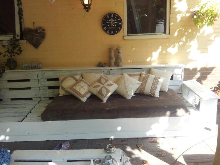 Lounge bank van houten pallets
