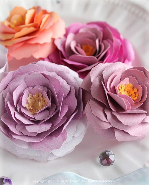 $Fleurs de Papier ~クラフトパンチや花紙で作る立体のお花いろいろ~-ペーパークラフトのオールドローズ