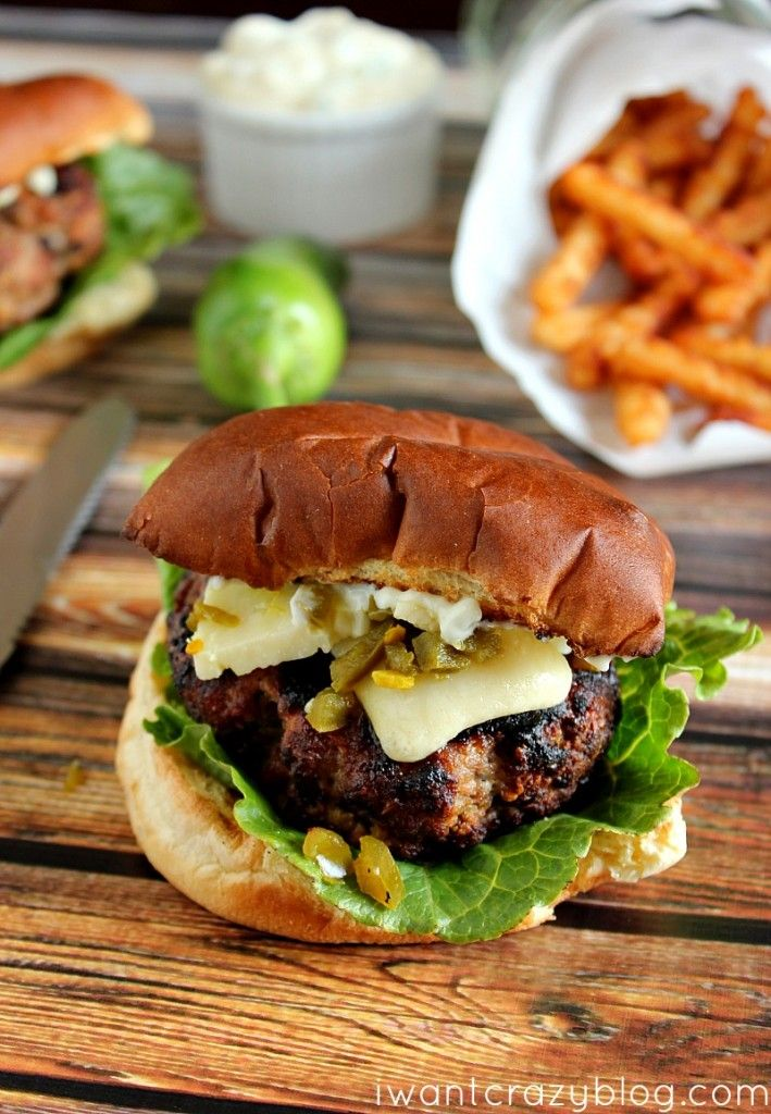 Spicy Pecorino Burger | One of the most flavorful burgers I've ever eaten! #grill #burgers #pecorino