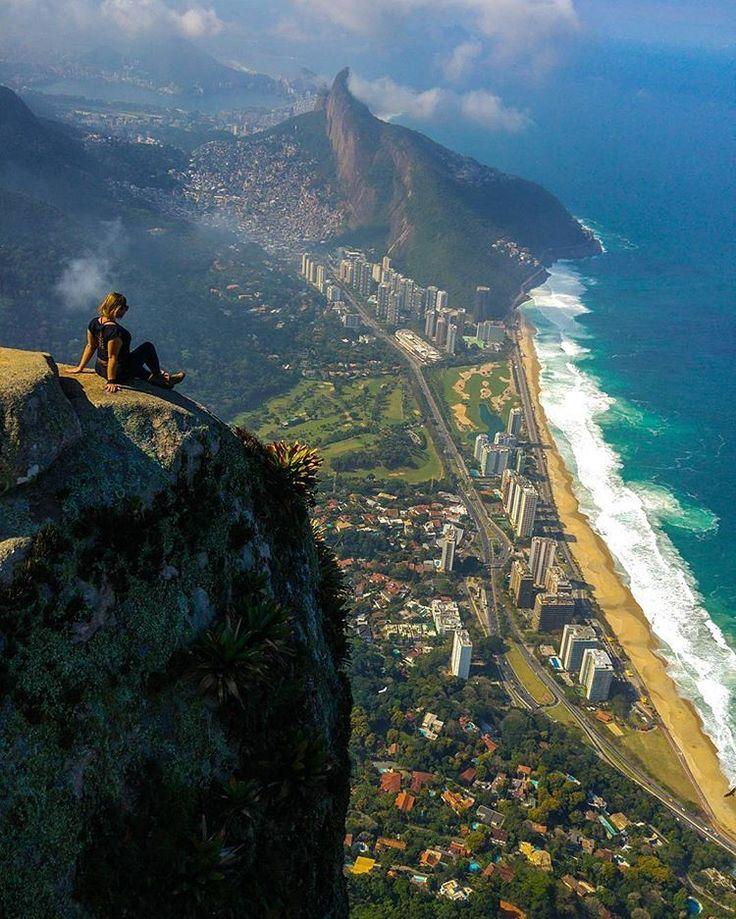 Cume da Pedra da Gávea, Rio de Janeiro, Brazil.