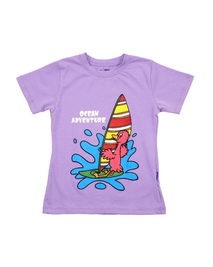 【BEANSTALK KIDS パープル ヨット コットンTシャツ】海での冒険を楽しむフラミンゴさん♪ 今年の夏はサーフィンに挑戦する?
