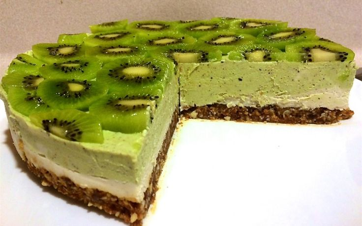 Kiwi Foodie Friday with Maddi + Raw Ginger & Kiwi Cheesecake recipe