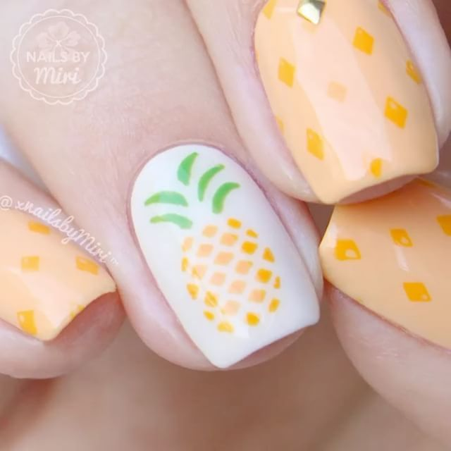"Video tutorial  Pineapple nails with vinyls by @BundleMonster  - Miracle Nail Art Mat by @MyBlissKiss - Stamping plate ""12-03"" + stamper & scraper by @UberChicBeauty - Golden studs and clean up brush by @BundleMonster . Video editing: Premiere Pro ▶️Full video on YouTube: Nails By Miri"
