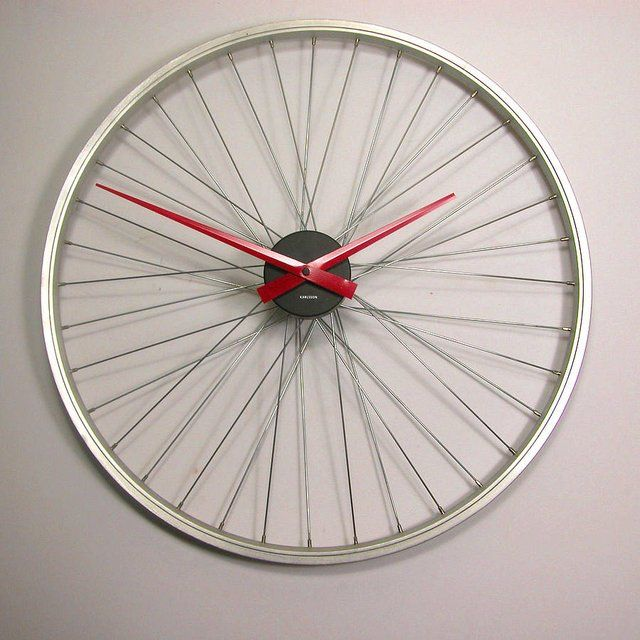Fancy - Upcycled Bicycle Wheel Clock by Vyconic