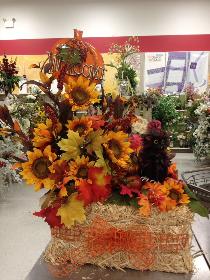 Best autumn decorating crafts images on pinterest