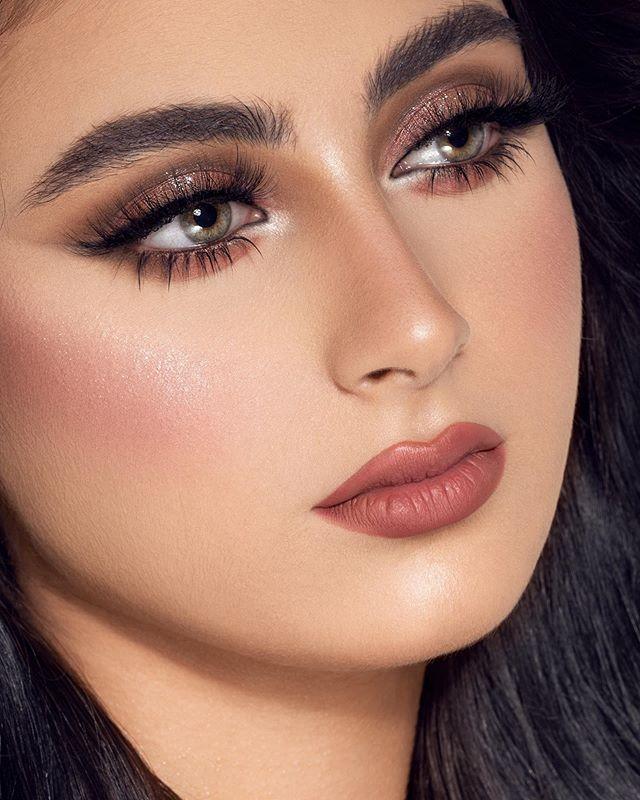 شيماء الغاوي Makeup Artist Di Instagram لوك عروس مع احلى فريق عمل Naseem Ghareeb التسريحه واكسسوار الشعر Makeup For Green Eyes Beauty Face Beautiful Makeup