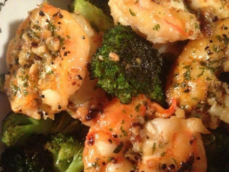 17. four #crevettes Scampi sur #brocolis rôti - 22 recettes de #brocoli merveilleux pour #votre livre de #recettes personnel... → Food