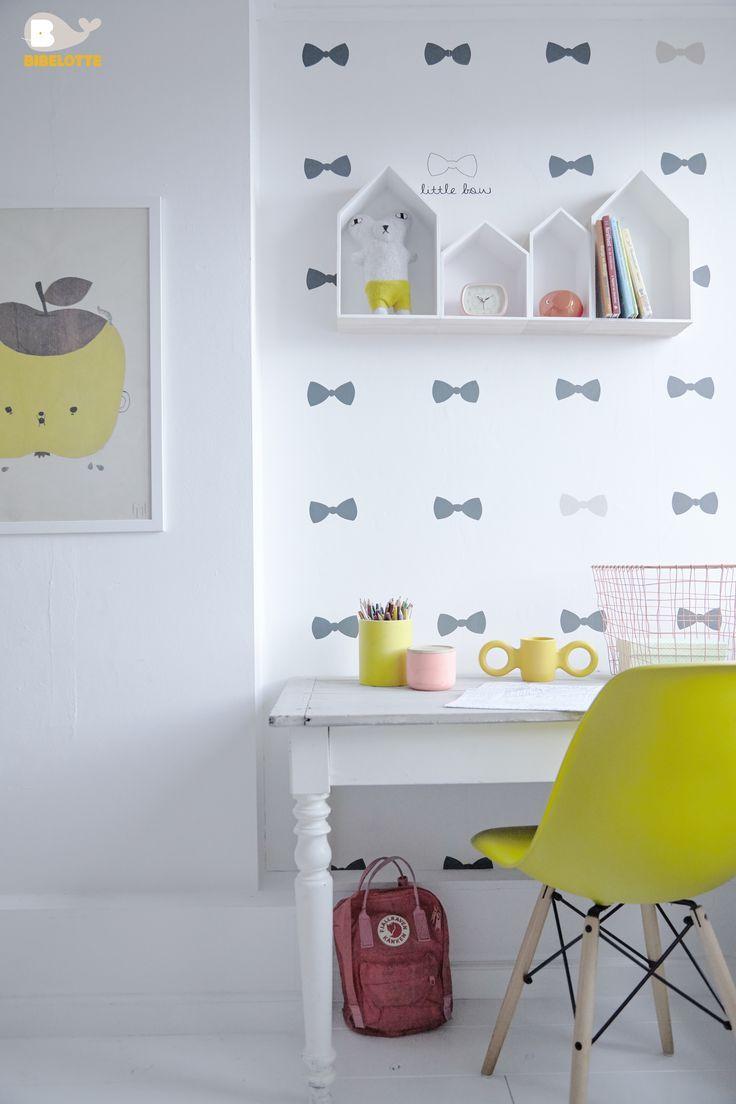 Pineado por H A B I T A N 2 www.habitan2.com Decoración handmade para hogar y eventos  DESKS FOR KIDS