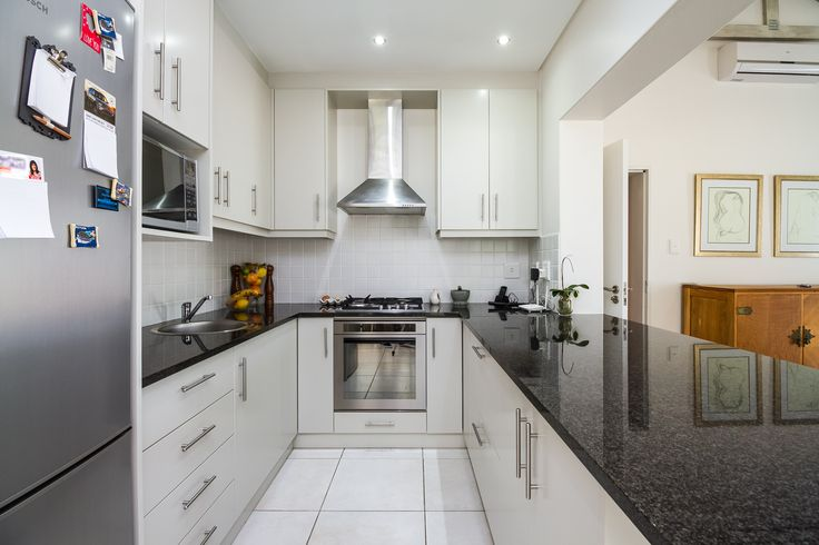 With granite counter tops, cupboards and a selection of fine finishes this space is the place to be for any budding chefs.