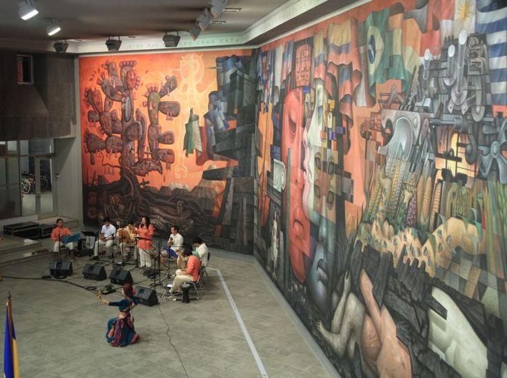 "Mural ""Presencia de América Latina"" - Pintor Mexicano Jorge Gonzalez Camarena - Universidad de Concepcion - Chile"