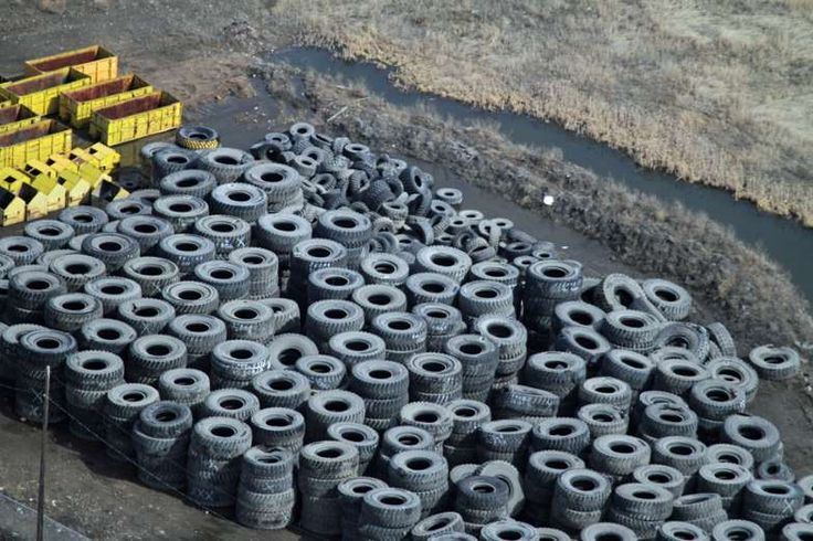 At one end of Trump's revived Keystone XL pipeline, there's a scene you must see to believe  -  January 27, 2017:   AT 13 FEET WIDE AND 12,000 POUNDS EACH, 797-TIRES ARE A BURDEN TO DISPOSE OF — SO THEY'RE PUT TO USE WHEREVER THEY CAN BE. HERE THEY MAKE A SECURITY FENCE.
