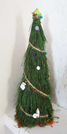 A Natural Handmade Christmas Tree!Click here for tutorial. | Art Maker Wiz-
