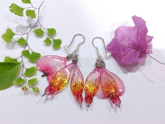 Alstroemeria Earrings Silver Resin Jewelry Pink Or Purple Etsy In 2020 Resin Flowers Resin Jewelry Flower Chandelier