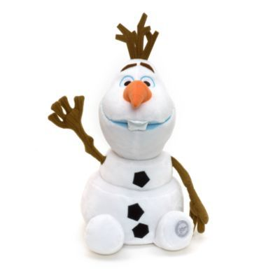 Con i suoi caldi abbracci questo peluche di Olaf, l'adorabile pupazzo di neve, scalderà il cuore di tutti i fan di Frozen – Il Regno di Ghiaccio. In morbido peluche, è ricco di dettagli: le braccia a forma di rametto con le nervature disegnate, gli occhi ricamati e i denti di raso.