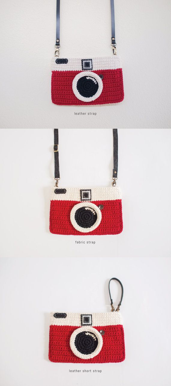 Etsy の Crochet Vintage Camera Purse/ Red Color by Meemanan