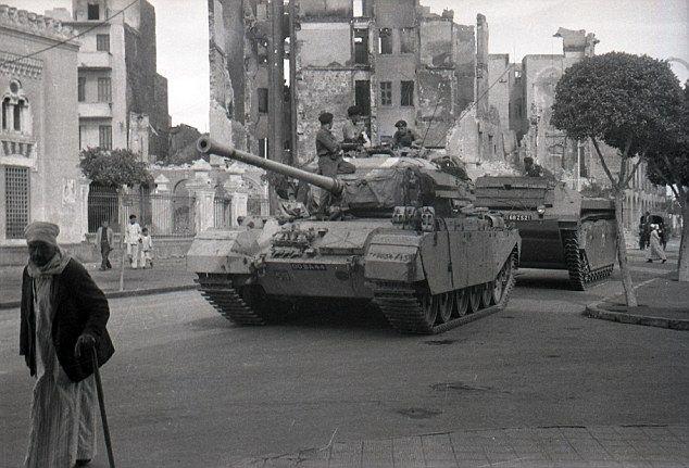 "opération ""AMILCAR"" 03b4853c5855dfd87a0a3fef72b69e19--british-tanks-british-army"