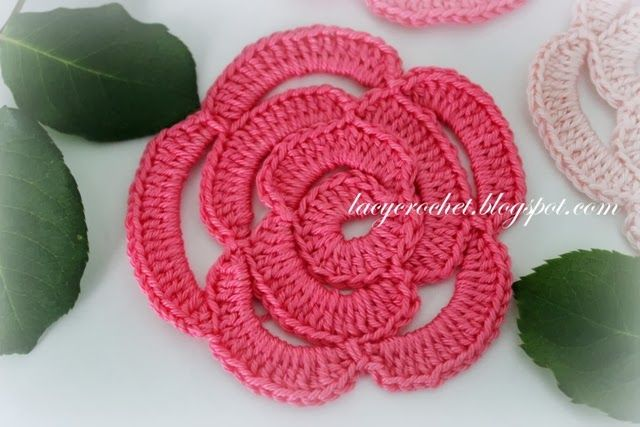 Free crochet flower pattern Lacy Crochet: Crochet Rose Tutorial