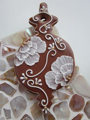 Pretty ornament cookie