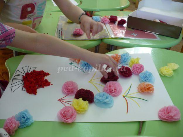 Коллективная работа на тему 9 мая - День Победы в детском саду