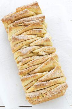 3 Dicembre - Calendario dell'Avvento - La ricetta del pane alla cannella, cinnamon pull apart bread