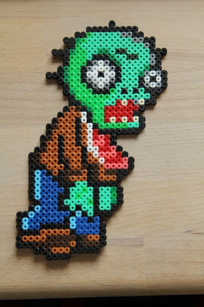 Plants vs. Zombies hama beads by Sanne Junkuhn