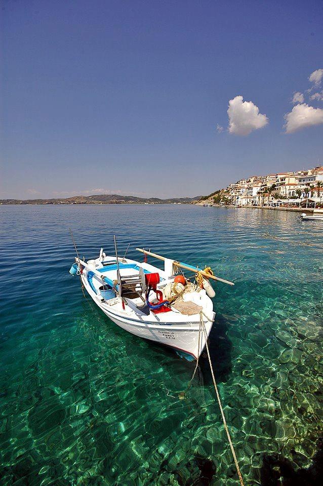 Crystal clear green/blue sea in Ermioni/Greece.  www.ermionivillas.gr  www.facebook.com/ermionivillas