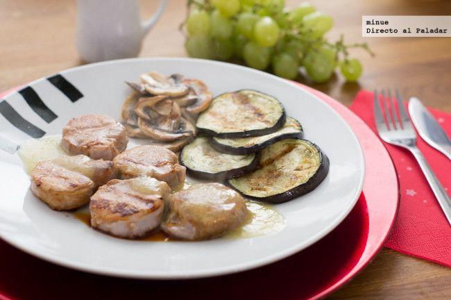 Receta de solomillo de cerdo con salsa de uvas. Con fotos del paso a paso y la presentación. Trucos y consejos de elaboración. Recetas para Nochevieja