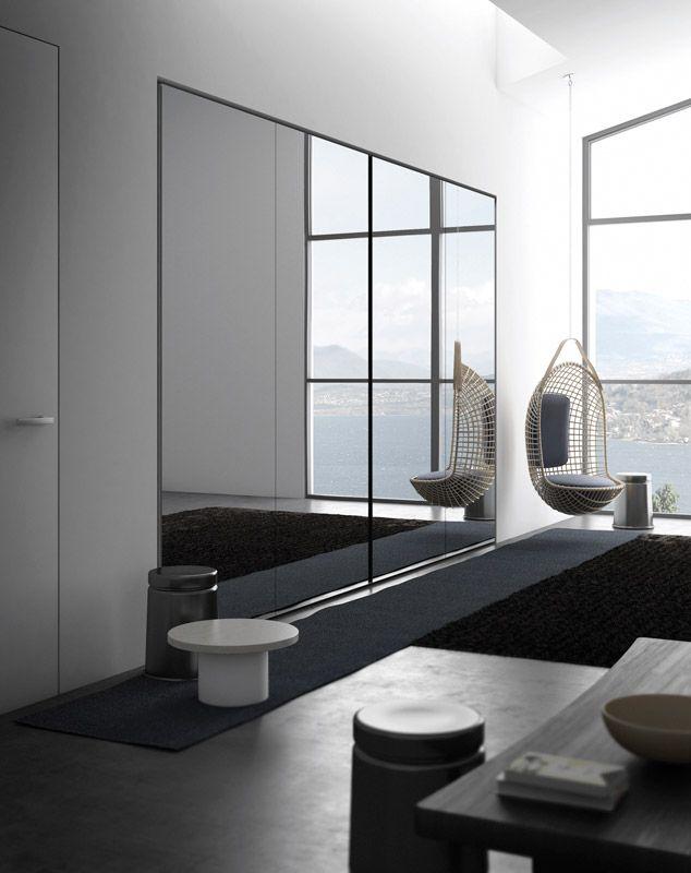 NASTRO complanare a due ante in specchio argento | With two flush-sliding doors in silver mirror | PIANCA | www.pianca.com