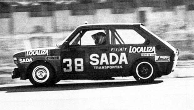 O Fiat 147 de Toninho da Matta, o primeiro campeão do Brasileiro de Marcas e Pilotos, em 1983. (Foto: Reprodução/Arquivo Napoleão Ribeiro)