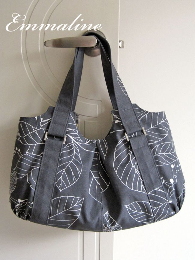The Emmaline Bag Pattern $9.50 This cute handbag is easy and fun to make in many different fabrics including canvas, quilting cotton, corduroy, or even vinyl and leather. Make professional looking bag straps, a gusseted bottom, zipper and slip pockets. Love this modern look!
