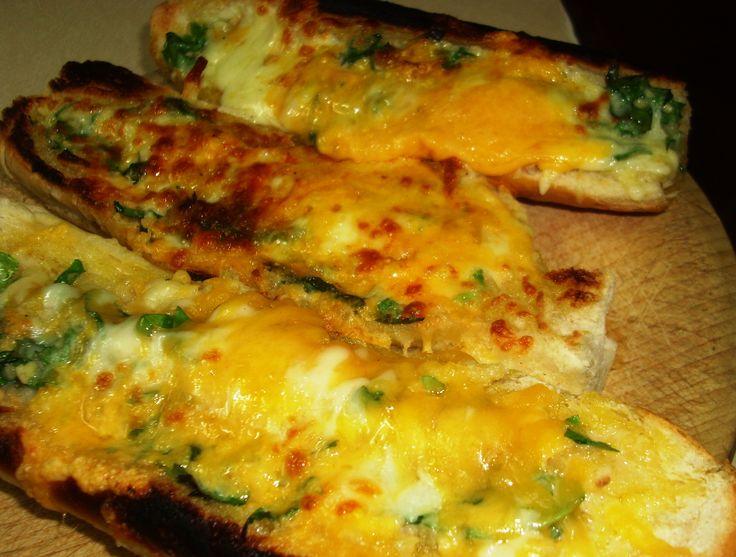 Das köstlichste Knoblauchkäsebrot   Genius Kitchen   – Garlic Bread