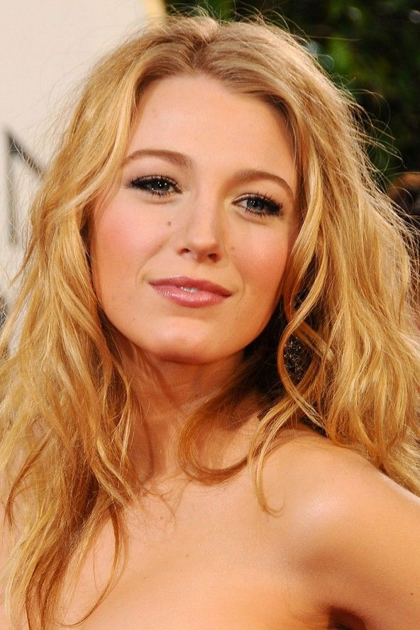 Pin By Leah Ogren On Lovely Locks Blake Lively Hair