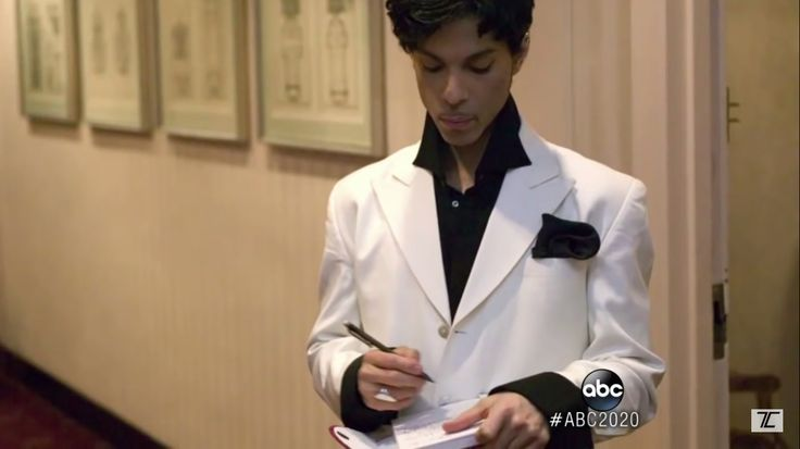 Prince - Backstage at Rock and Roll Hall of Fame Induction Ceremony 2004