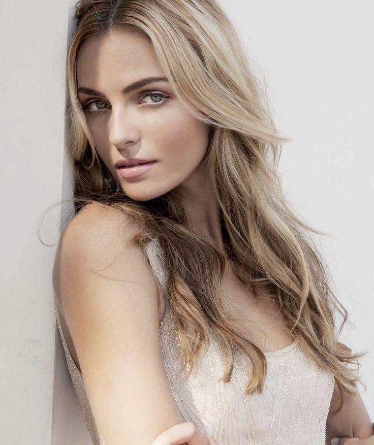 Valentina Blonde 63