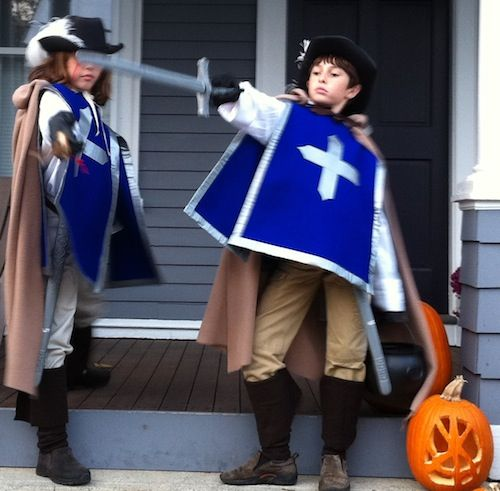 DIY costume ideas. I could do this smock and hat and add capes and masks.